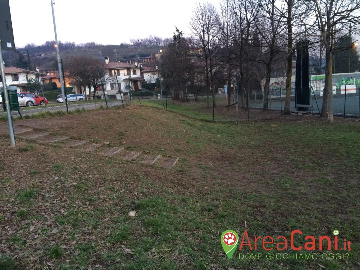 Dog Park Gussago - via Bevilacqua